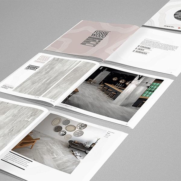 Catalogues, brochures et dépliants